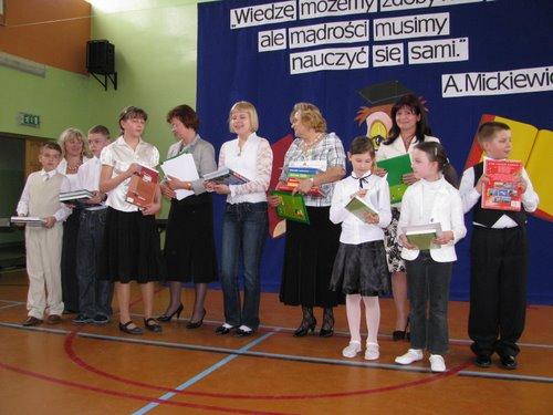 Fotografie z artykułu: Podsumowanie XV Międzyszkolnej Ligi Przedmiotowej