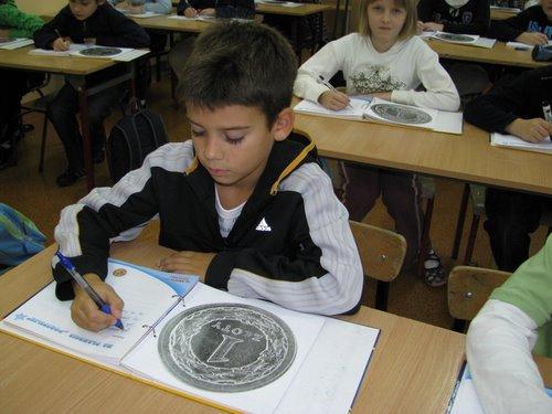 Fotografie z artykułu: Od grosika do złotówki 2009...