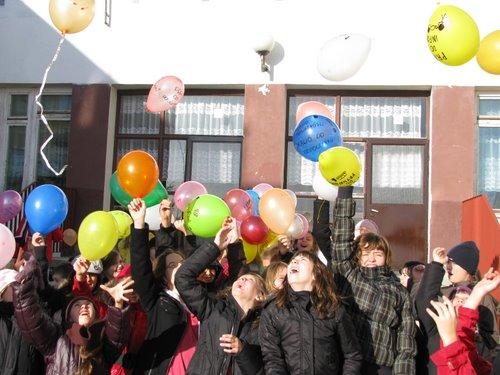 Fotografie z artykułu: Balony do nieba...