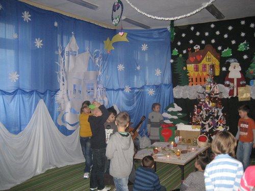 Fotografie z artykułu: Wigilia w świetlicy szkolnej...