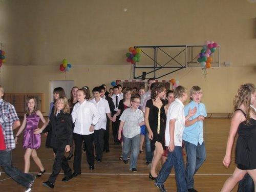 Fotografie z artykułu: Bal szóstych klas...