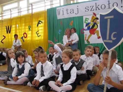 Fotografie z artykułu: Witaj szkoło!