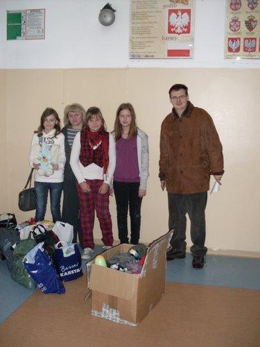 Fotografie z artykułu: Mikołajkowa zbiórka dla dzieci z Białorusi