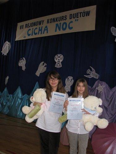 Fotografie z artykułu: VII Rejonowy Konkurs Duetów Kolęd i Pastorałek.