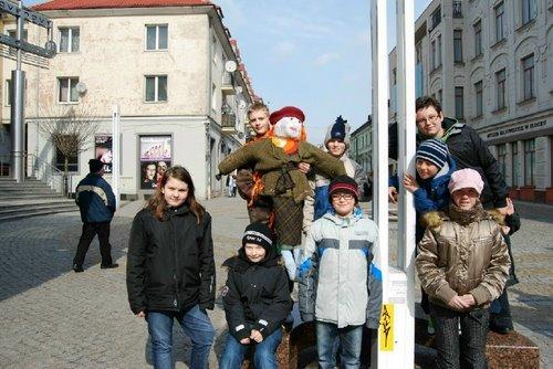 Fotografie z artykułu: IVa wita wiosnę!