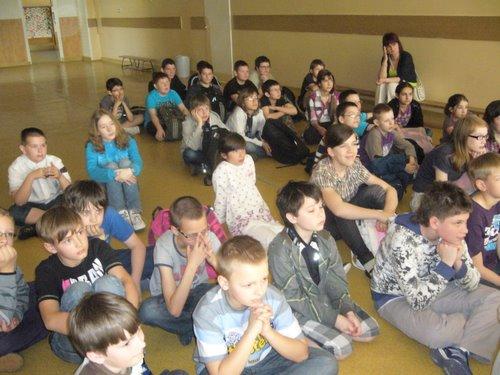 Fotografie z artykułu: Szkoła, która świeci przykładem