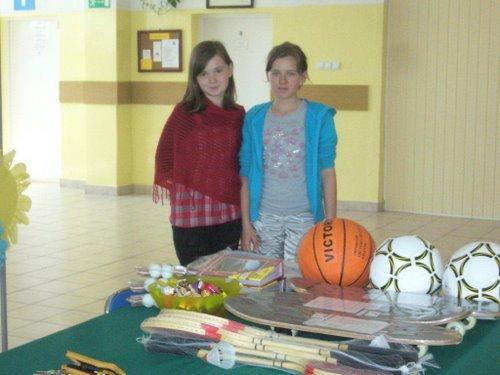 Fotografie z artykułu: IX edycja konkursu szkolnego dla klas IV - VI 'Uzależnienie - co Ty na to?'