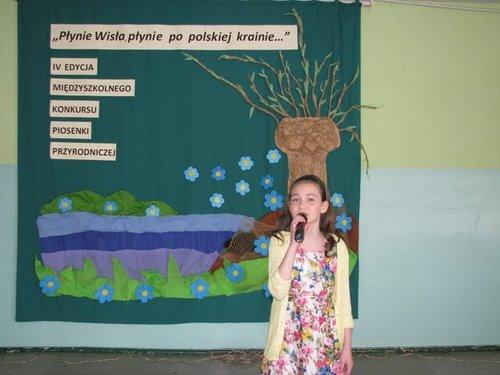 Fotografie z artykułu: IV Międzyszkolny Konkurs Piosenki Ekologicznej 'Płynie Wisła, płynie...'