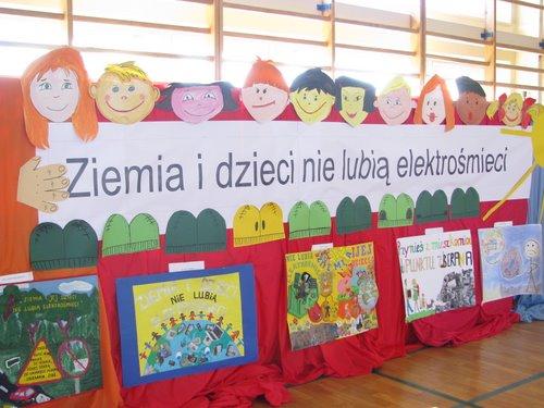 Fotografie z artykułu: IX Powiatowy Konkurs Ekologiczny 'Ziemia i jej dzieci nie lubią elektrośmieci'