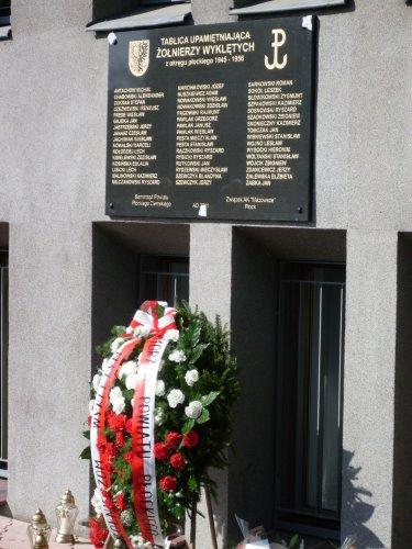 Fotografie z artykułu: Uczestniczymy we Mszy św w intencji Żołnierzy Wyklętych