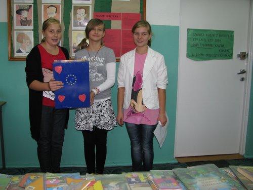 Fotografie z artykułu: Wybory do Samorządu Uczniowskiego