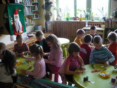 Fotografie z artykułu: Ze świąteczną wizytą w Książnicy