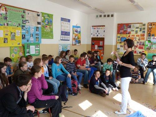 Fotografie z artykułu: Święty Jerzy w naszej szkole czyli lekcja języka angielskiego inaczej.