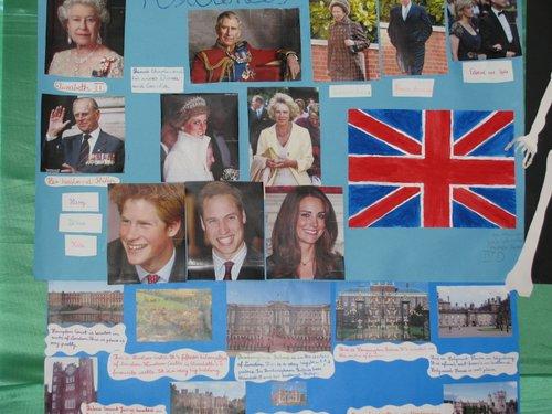 Fotografie z artykułu: Wystawa projektów 'Kultura krajów anglojęzycznych'