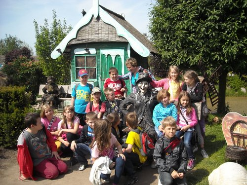 Fotografie z artykułu: Zielona szkoła w Ustroniu Morskim