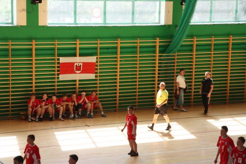 Fotografie z artykułu: Mazowieckie Igrzyska Młodzieży Szkolnej w piłce ręcznej chłopców są nasze!
