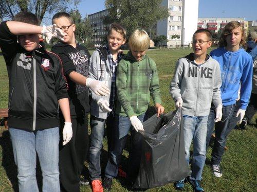 Fotografie z artykułu: Sprzątanie Świata 2012