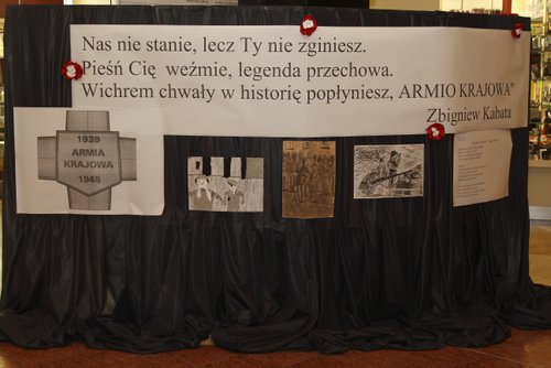 Fotografie z artykułu: 'Lekcja historii' w galerii Mazovia czyli historia na żywo