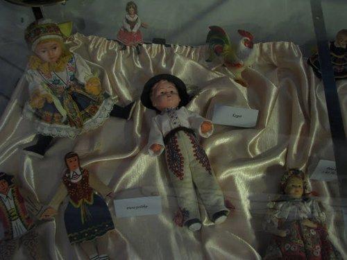 Fotografie z artykułu: Koło plastyczne w 'Chotomku'.