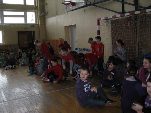 Fotografie z artykułu: I dzień wiosny z Samorządem Uczniowskim