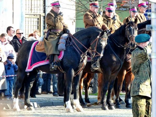 Fotografie z artykułu: 11 listopada - miejskie obchody Święta Niepodległości