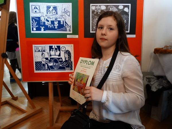 Fotografie z artykułu: XII Ogólnopolski Konkurs Plastyczny 'Tradycje wielkanocne'.  Mamy laureatki!