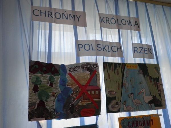 """Fotografie z artykułu: XII Powiatowy Międzyszkolny Konkurs Ekologiczny pod hasłem """"Chrońmy królową polskich rzek""""."""
