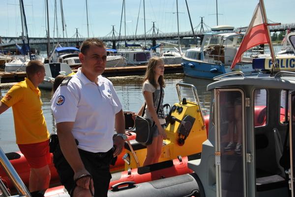 Fotografie z artykułu: Bezpieczna woda - akcja WOPR i Policji