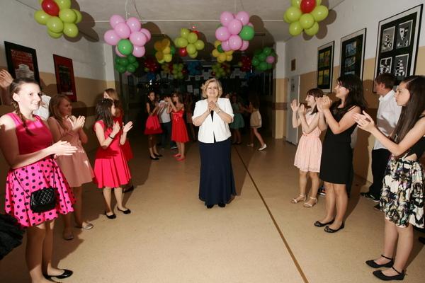 Fotografie z artykułu: Nasz pierwszy bal...