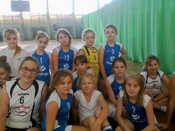 Fotografie z artykułu: Turniej Mini Piłki Siatkowej Dziewcząt Rocznik 2004.