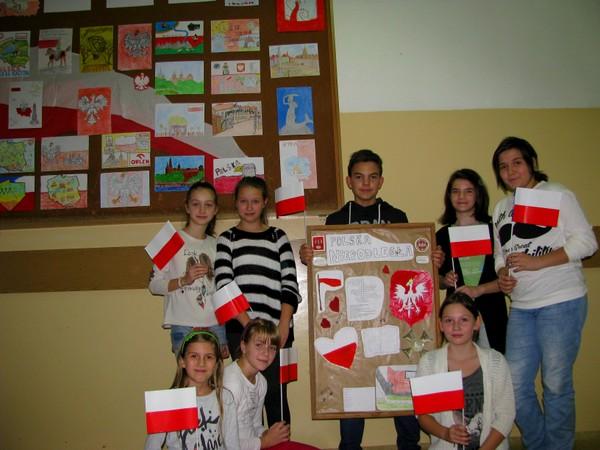 Fotografie z artykułu: Integracyjne Święto Niepodległości.