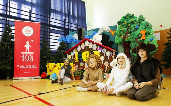 Fotografie z artykułu: JiM czyli Klub Rodziców Autyzm Help w naszej szkole!