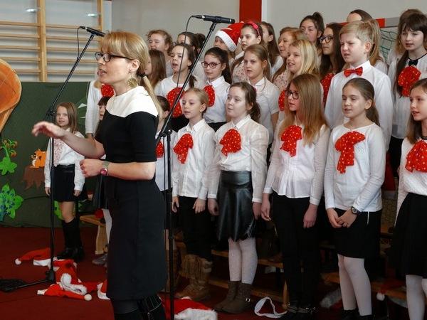 Fotografie z artykułu: Koncert chóru w Maszewie Dużym!