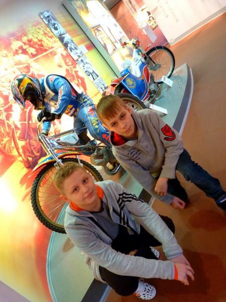 Fotografie z artykułu: Kosmos, nauka, sport, zabawa i Warszawa!