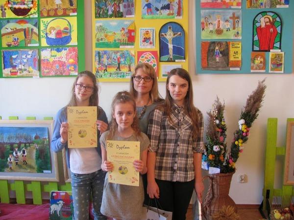 Fotografie z artykułu: Mamy laureatki XIII Ogólnopolskiego Konkursu Plastycznego 'Tradycje wielkanocne'!