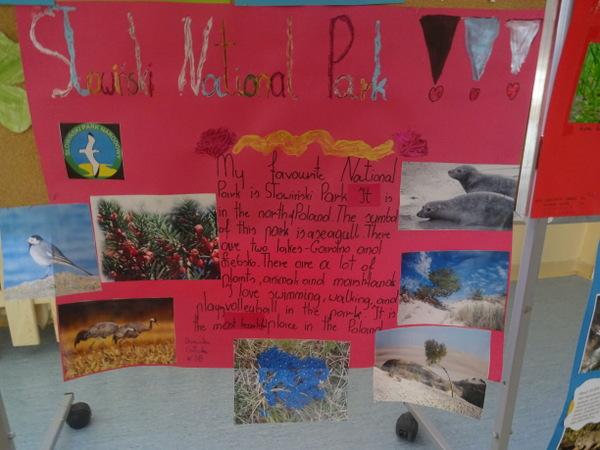 """Fotografie z artykułu: Wystawa projektów literacko - plastycznych """"National parks around the world"""""""