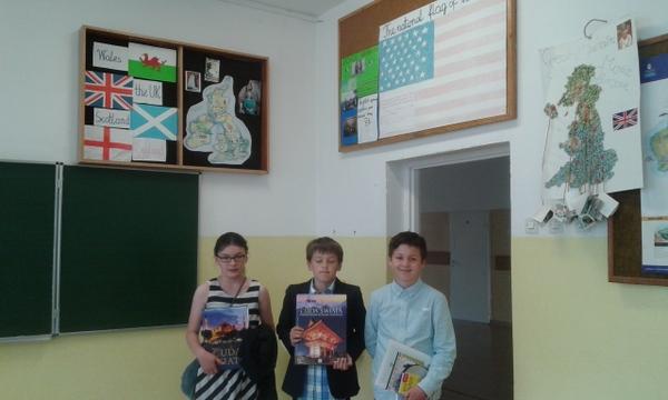 Fotografie z artykułu: Szkolny konkurs wiedzy o krajach angielskojęzycznych