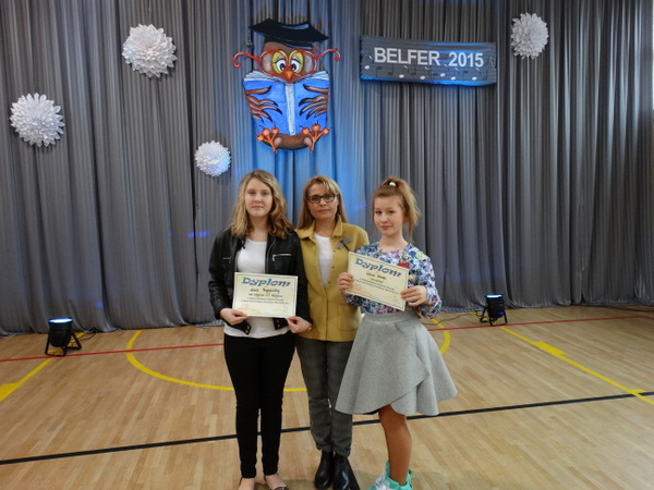Fotografie z artykułu: IV Międzyszkolny Konkurs Piosenki 'BELFER 2015'