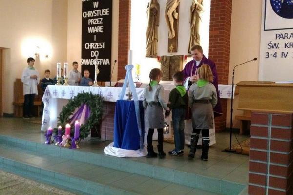 Fotografie z artykułu: Betlejemskie Światełko Pokoju