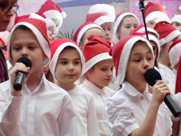 Fotografie z artykułu: 24. finał Wielkiej Orkiestry Świątecznej Pomocy