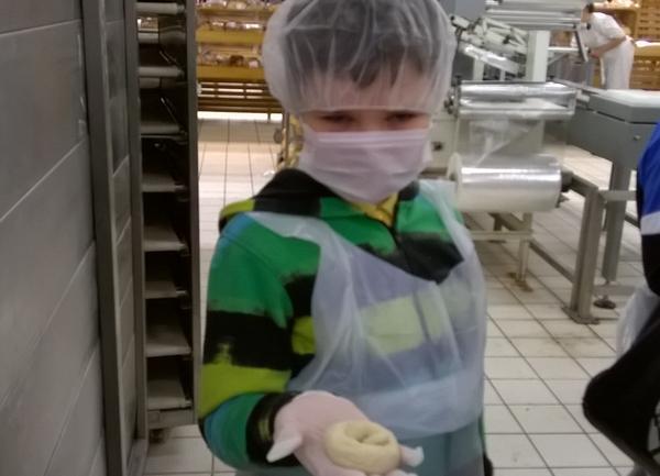 Fotografie z artykułu: W Auchan 'od kuchni'