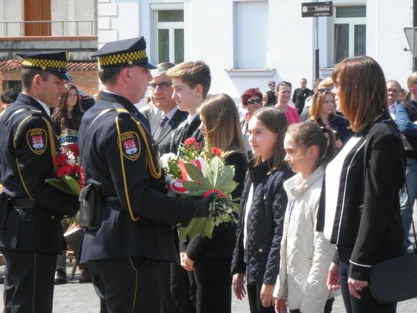Fotografie z artykułu: Miejskie Obchody Trzeciego Maja
