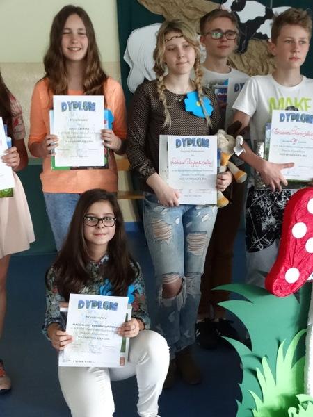 Fotografie z artykułu: IX Międzyszkolny Konkurs Piosenki Przyrodniczej 'Niezapominajka 2016'