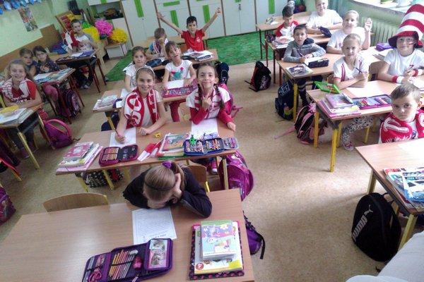 Fotografie z artykułu: Dziś IIg Polsce kibicuje!!!