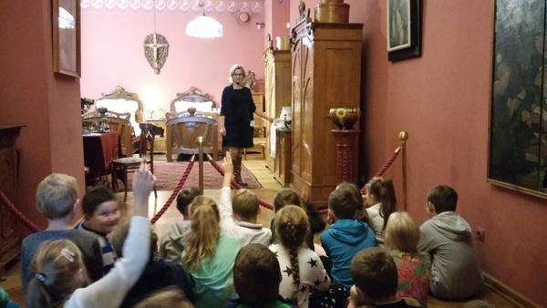 Fotografie z artykułu: Dziś 2D ma lekcje w ... muzeum!