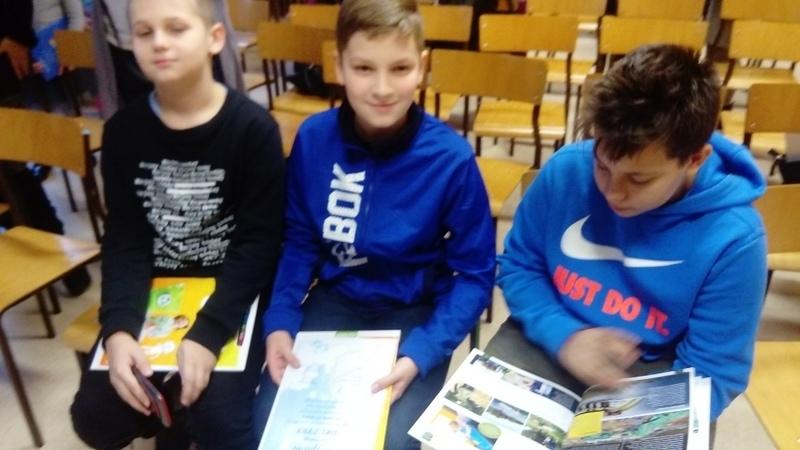 Fotografie z artykułu: Międzyszkolny Konkurs Wiedzy o UE