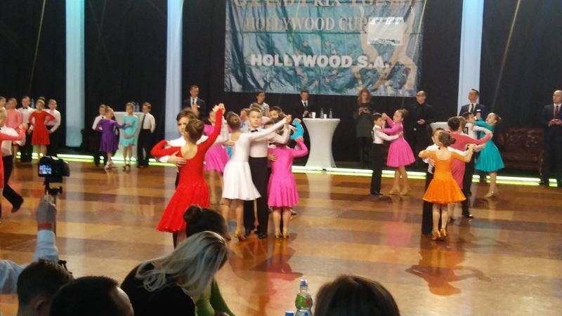 Fotografie z artykułu: IIg tańczy z sukcesem na Ogólnopolskim Turnieju Towarzyskiego Tańca Sportowgo 'Hollywood Cup 2016'
