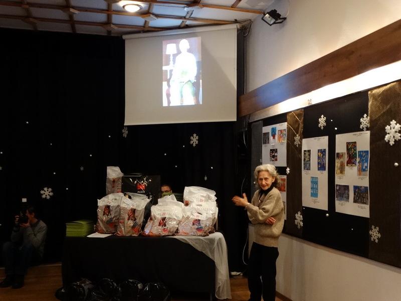 Fotografie z artykułu: Triumfujemy w konkursie plastycznym na 'Najładniejsza kartkę świąteczną'!