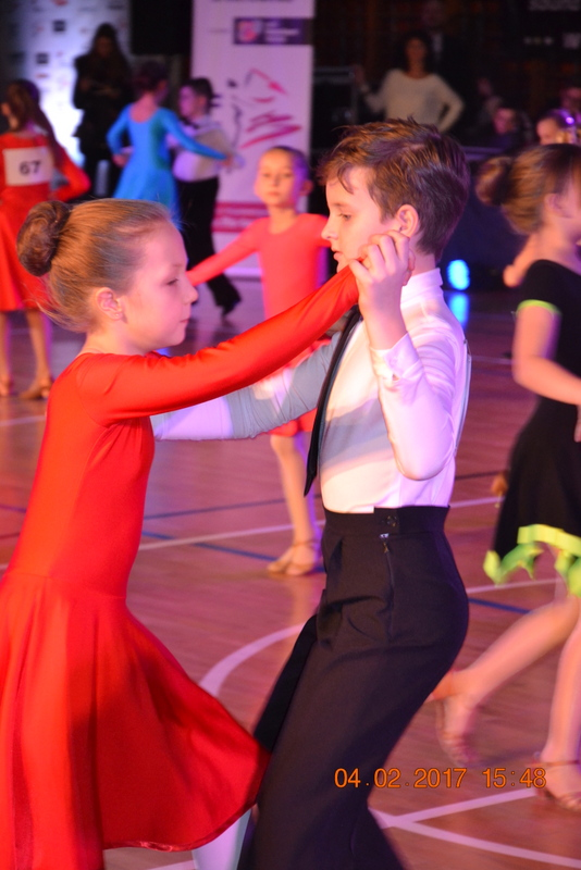 Fotografie z artykułu: Pary z klasy tanecznej sięgają po najwyższe lokaty!