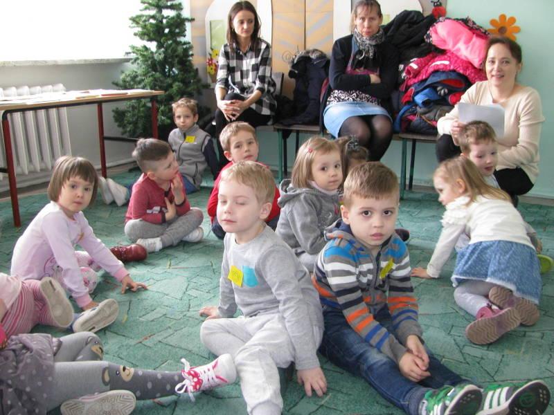 Fotografie z artykułu: Wiosenne spotkanie z przedszkolakami.